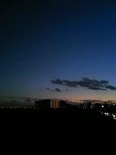 真っ暗な淀川河川敷