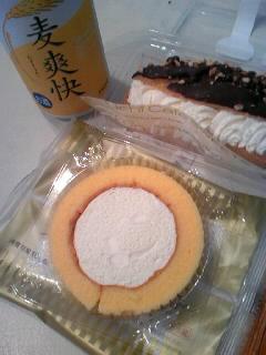 ロールケーキ&エクレア