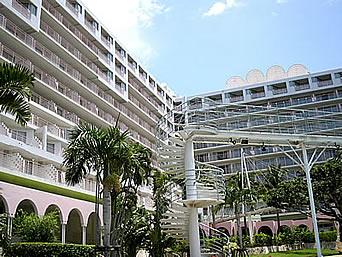 ホテルマハイナウェルネスリゾートオキナワ