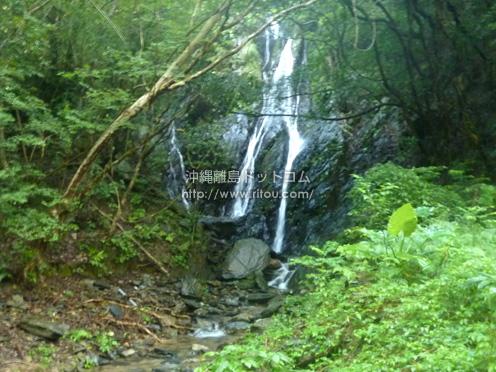 【奄美大島】タンギョの滝への道の途中に違う滝が!?