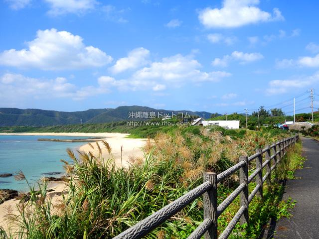 ハート岩があるビーチ近くも絶景