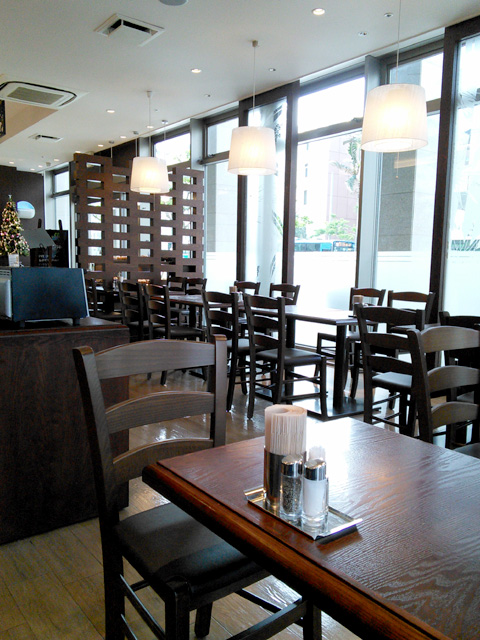 Bakery Cafe SHINKA店内