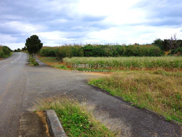 フナクス近くのニーラの土地はまだ未開発