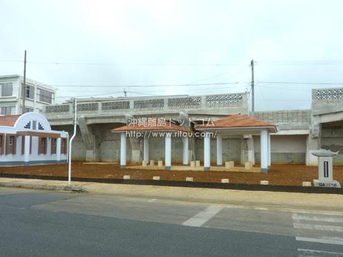 【伊良部島】佐良浜港の大きな建物。無くなっていました。