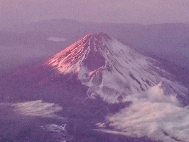 那覇では絶対に望めない富士山w