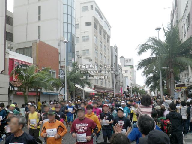 国際通りは大混雑!