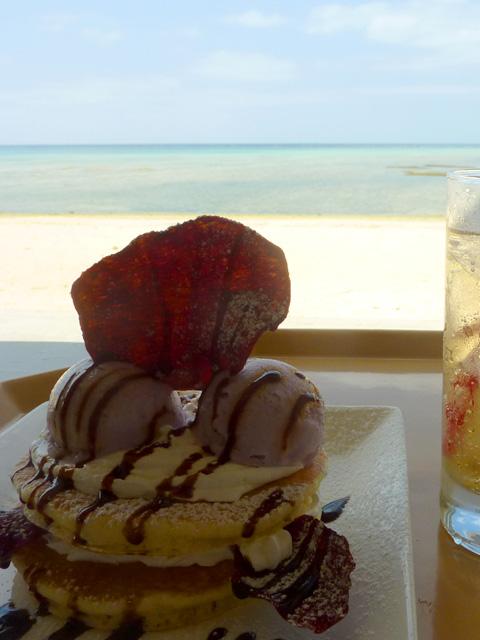 オンザビーチカフェのパンケーキ