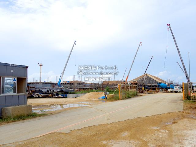 下地島空港旅客ターミナルの工事。来年3月までに終わるか微妙な状況