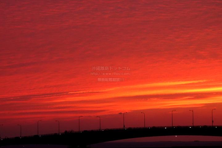 雲があるときは日没後の方が空が良く焼ける!
