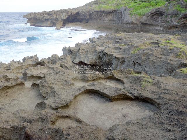 岩のくぼみがハート型!ほとんどの人が知らないかも?