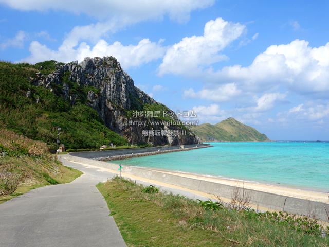 スタートのアンジェーラ浜でもヤバイ海の色