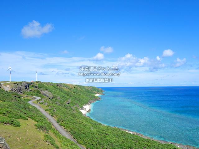 東崎からウブドゥマイ浜側を見る