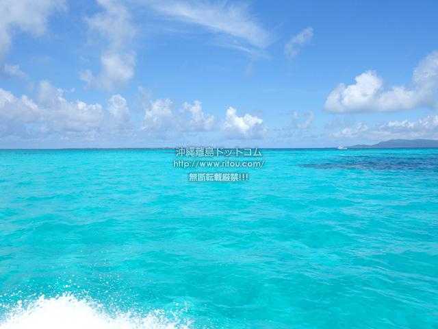 黒島の黒島港沖の海