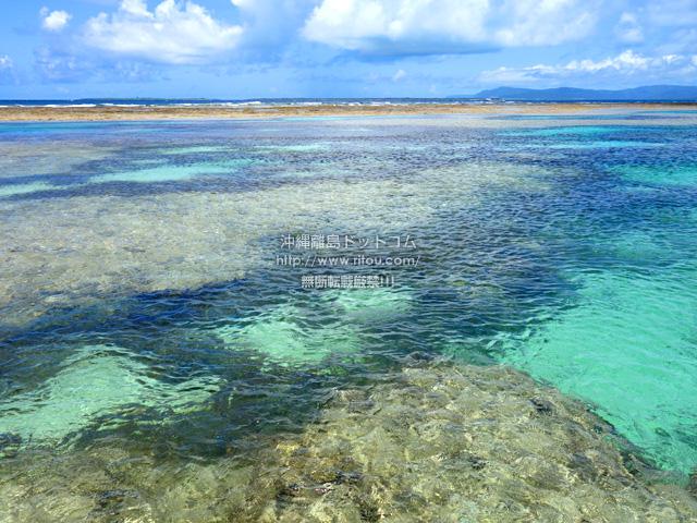 黒島の仲本海岸