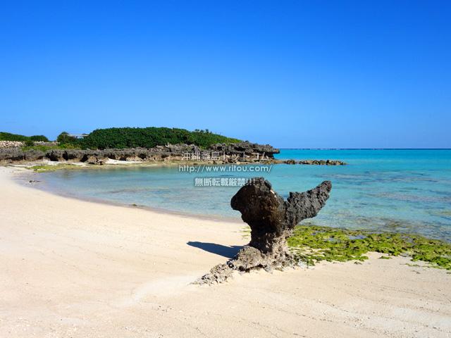 与論島のクリスタルビーチ