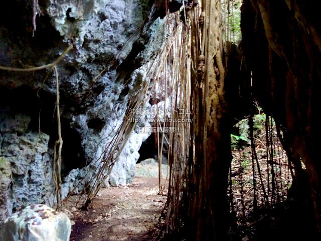 喜界島のウフヤグチ鍾乳洞 内部