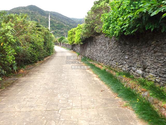 与路島の与路の道