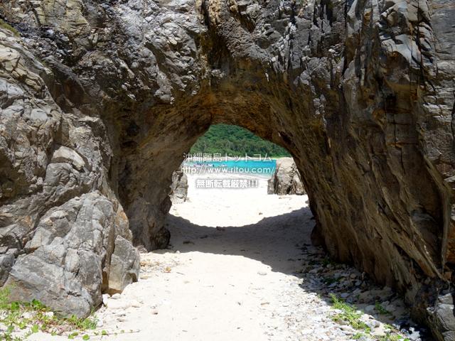 渡嘉敷島の阿波連ビーチの穴場