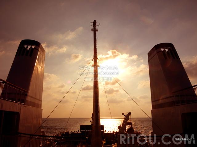 久米島の兼城港