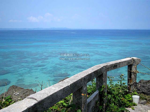 海と陸を隔てるもの(久高島の壁紙/写真)