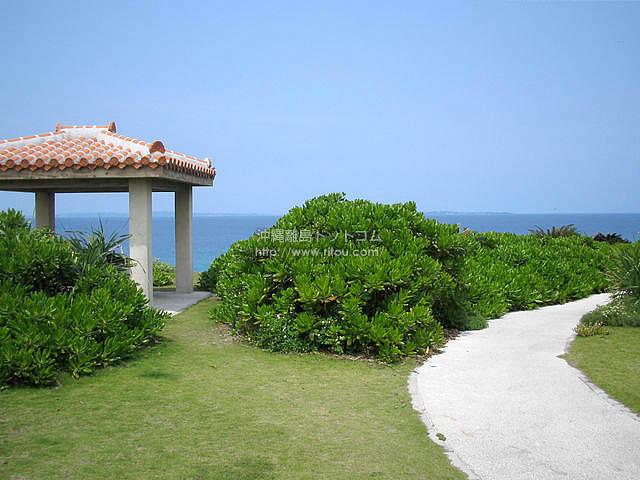 久高島のロマンスロード(久高島の壁紙/写真)