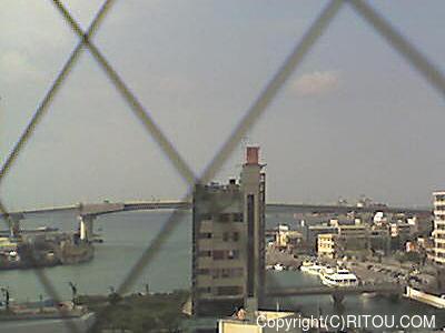2012年11月13日 午後1時すぎの泊港ライブカメラ画像