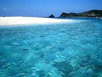 嘉比の海の色