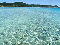 安室島の安室島と座間味島水路の海の色 - 浅いうちは良いですが少しでも満ちると・・・