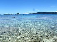 東側の海の水