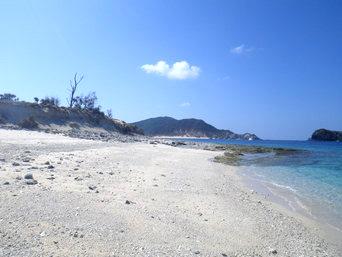 安慶名敷西のビーチ