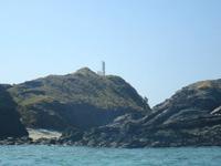 嘉比島の嘉比島灯台/桟橋