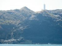 嘉比島の嘉比島灯台/桟橋 - 座間味島側には船着き場があります