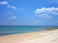 粟国島のウーグの浜/長浜ビーチ - ビーチはとても広いです