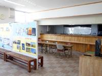 粟国島の粟国港ターミナル/キップ売場/みなと食堂/みなと売店/情報コーナー - 食堂はもうやっていないかも?
