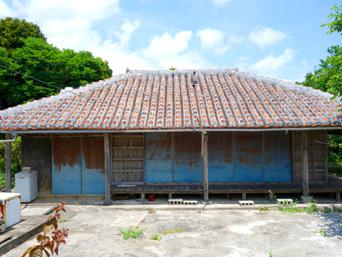 粟国島のナビィの家(ナビィの恋のロケ地)「映画からかなりの年月が経ちますが家はそのまま」
