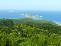 阿嘉島の中岳展望台 - 砂白島も見えます