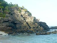 阿嘉島の砂白島へのルート - 最初の岩を越えればあとは楽