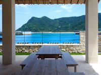 阿嘉島のさんごゆんたく館/慶良間諸島国立公園ビジターセンター - 阿嘉港が一望可能でのんびりできる
