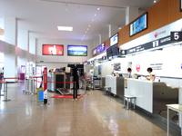奄美大島の奄美空港 - 2階の搭乗ロビー