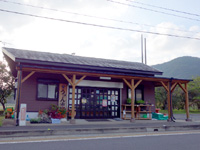 奄美大島のやけうちの湯/宇検食堂/うけん市場 - 共同市場的な売店