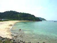 知名瀬周辺の海