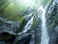 奄美大島のタンギョの滝途中の滝の写真