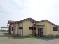奄美大島の磯の華/アオンのリーフ入口 - この道を下っていくとアオンのリーフへ