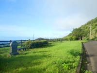 奄美大島の崎原漁港/海岸 - ホントに何もありません
