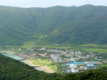 奄美大島の小湊集落/小湊漁港/小湊海岸