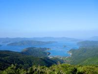 奄美大島の高知山展望台 - 古仁屋市街側の景色