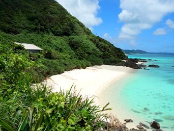 崎原手前のプライベートビーチ