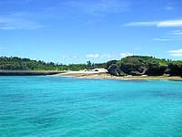 新城島の上地島中央岸の写真