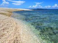 バラスのバラス鳩間島側 - 石垣島側でシュノーケリング可能