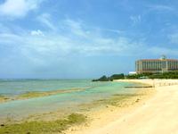 中部のニライビーチ